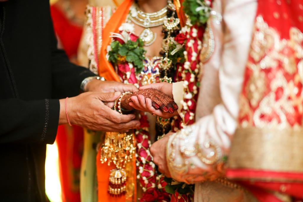 mumbai-wedding-into-candid-photography-mp-23.jpg