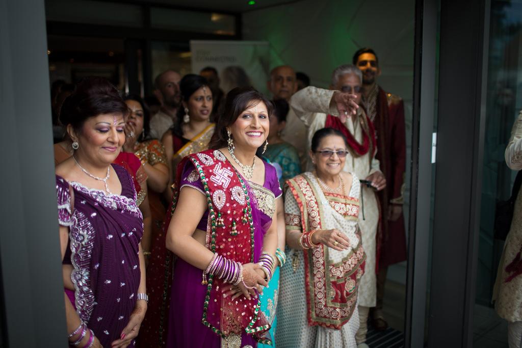 london-into-candid-wedding-photography-sk-05-5.jpg