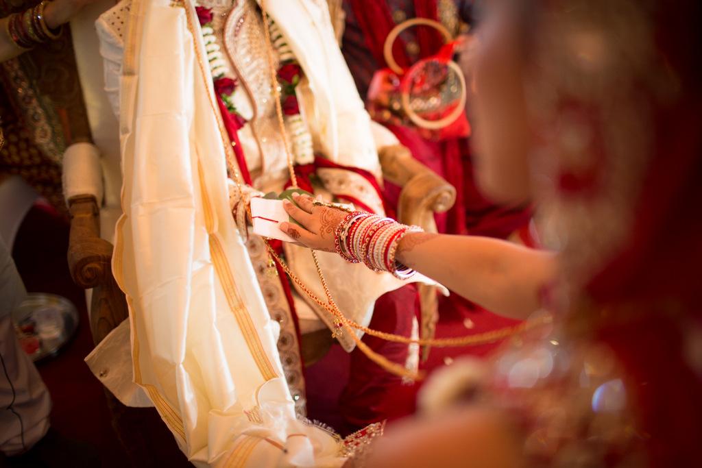 london-into-candid-wedding-photography-sk-13.jpg