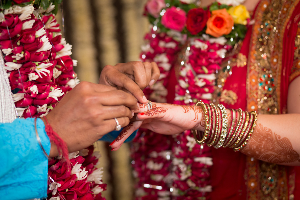 mumbai-hindu-wedding-into-candid-photography-ts-22.jpg