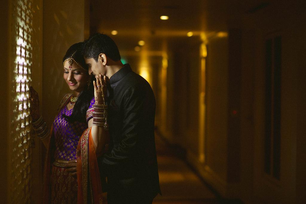 hindu-wedding-mumbai-into-candid-photography-dk-011.jpg