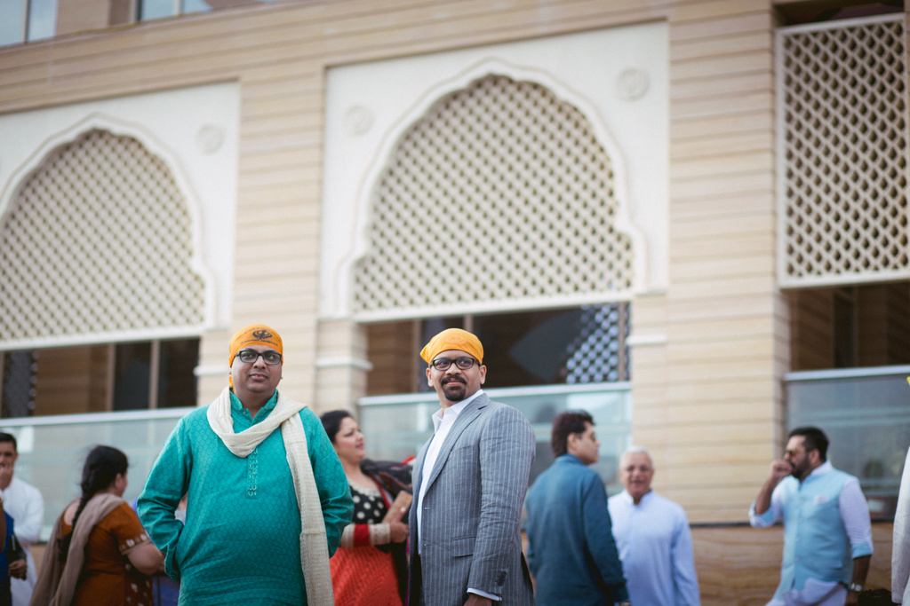 destination-dubai-sikh-wedding-into-candid-photography-pd-0016.jpg