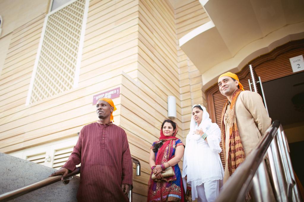 destination-dubai-sikh-wedding-into-candid-photography-pd-0017.jpg