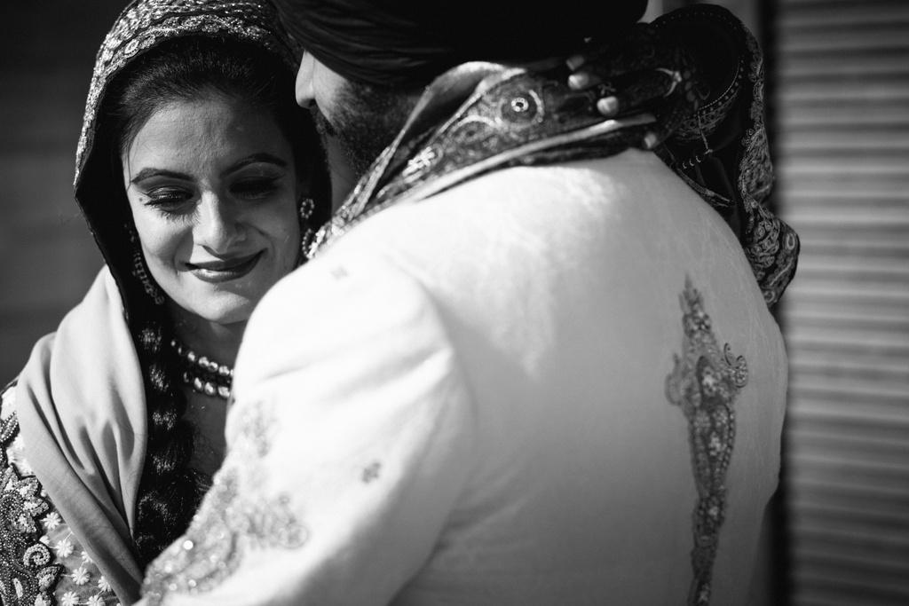 destination-dubai-sikh-wedding-into-candid-photography-pd-0054.jpg