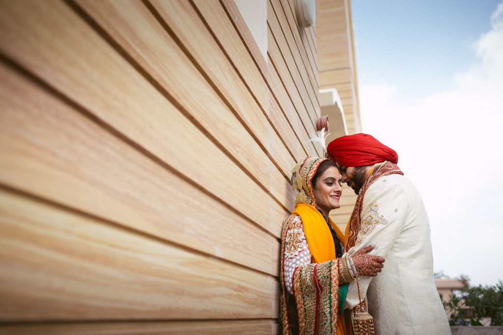 destination-dubai-sikh-wedding-into-candid-photography-pd-0055.jpg