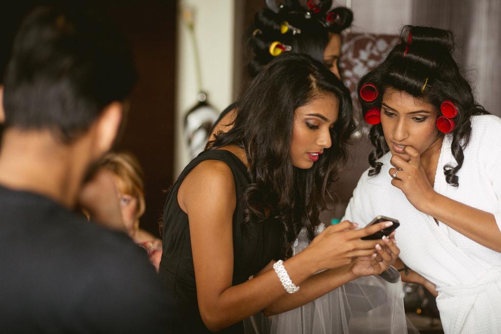 mumbai-church-wedding-into-candid-photography-mr-07.jpg