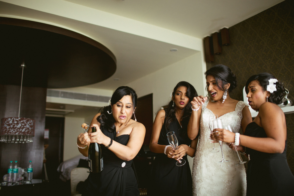 mumbai-church-wedding-into-candid-photography-mr-31.jpg