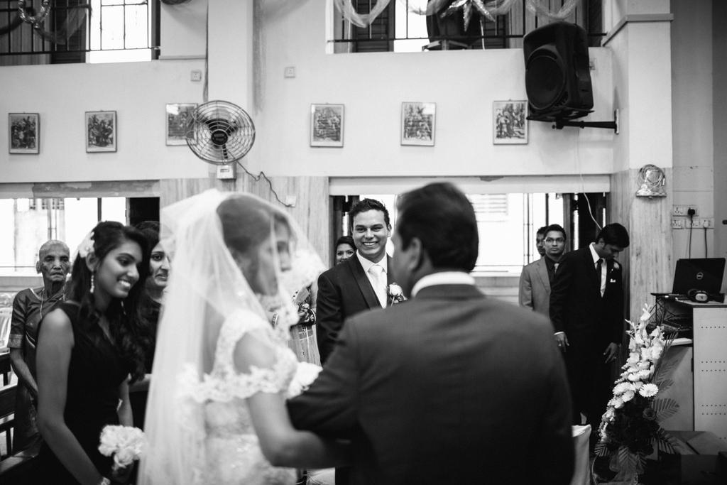 mumbai-church-wedding-into-candid-photography-mr-50.jpg