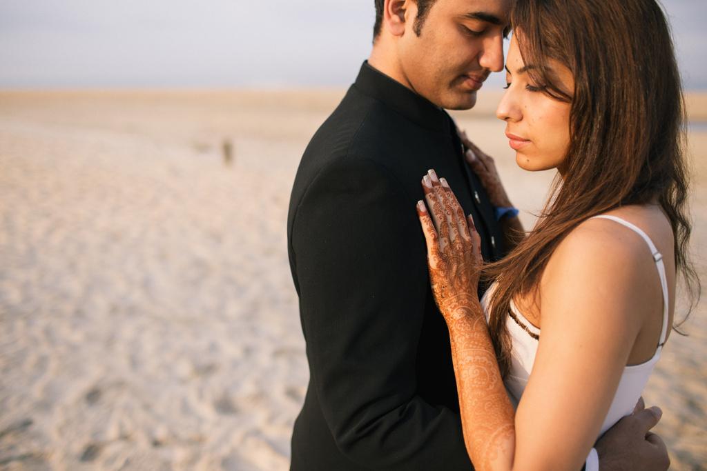goa-beach-pre-wedding-couple-session-into-candid-photography-mk-11.jpg