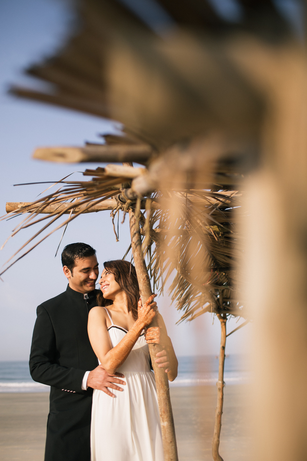 goa-beach-pre-wedding-couple-session-into-candid-photography-mk-221.jpg