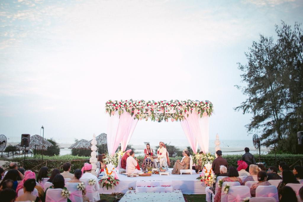 goa-destination-wedding-into-candid-photography-43.jpg