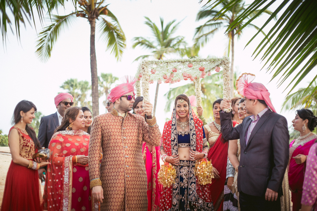 goa-destination-wedding-into-candid-photography-291.jpg