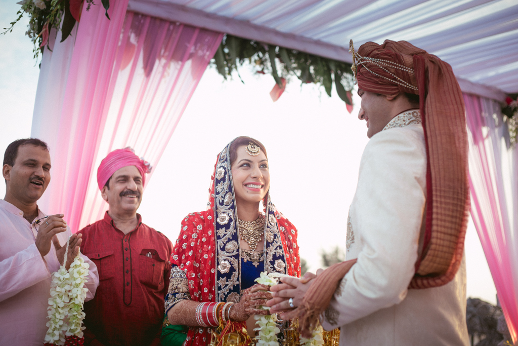 goa-destination-wedding-into-candid-photography-331.jpg