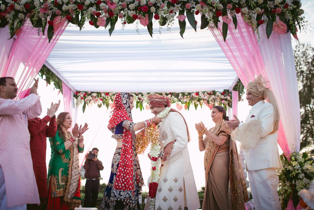 goa-destination-wedding-into-candid-photography-342.jpg