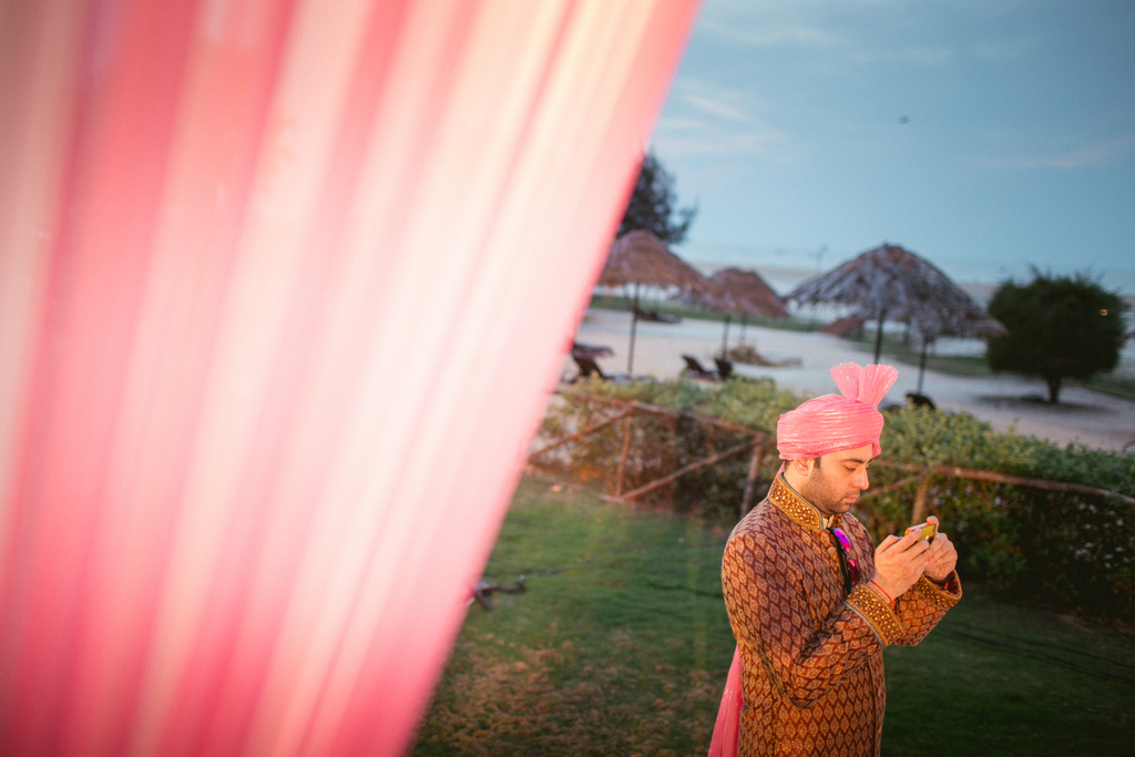 goa-destination-wedding-into-candid-photography-451.jpg