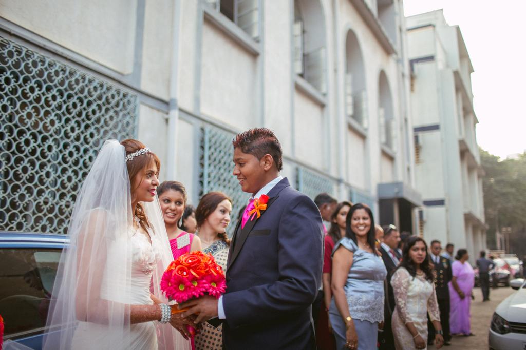 church-wedding-mumbai-into-candid-photography-4511.jpg