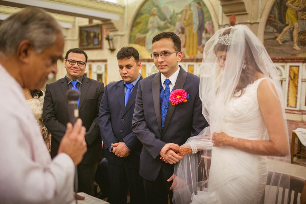church-wedding-mumbai-into-candid-photography-6111.jpg