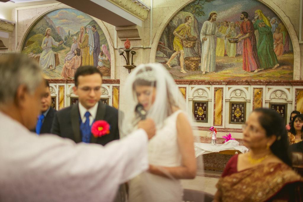 church-wedding-mumbai-into-candid-photography-6211.jpg
