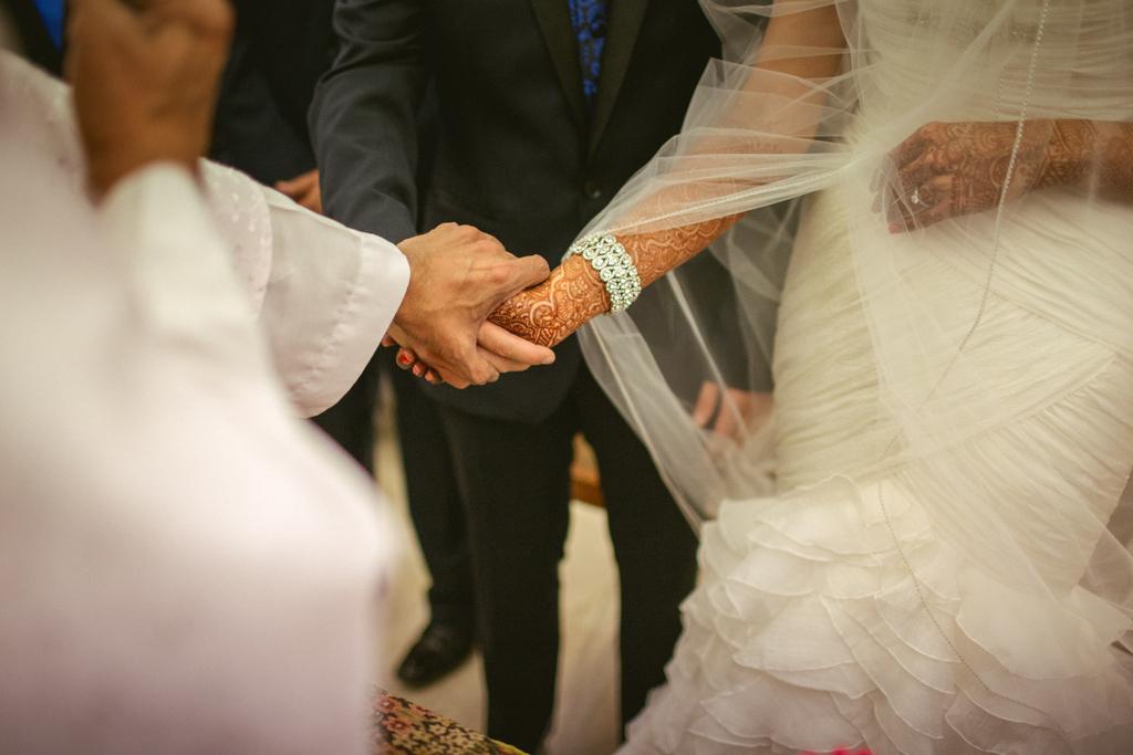church-wedding-mumbai-into-candid-photography-6244.jpg