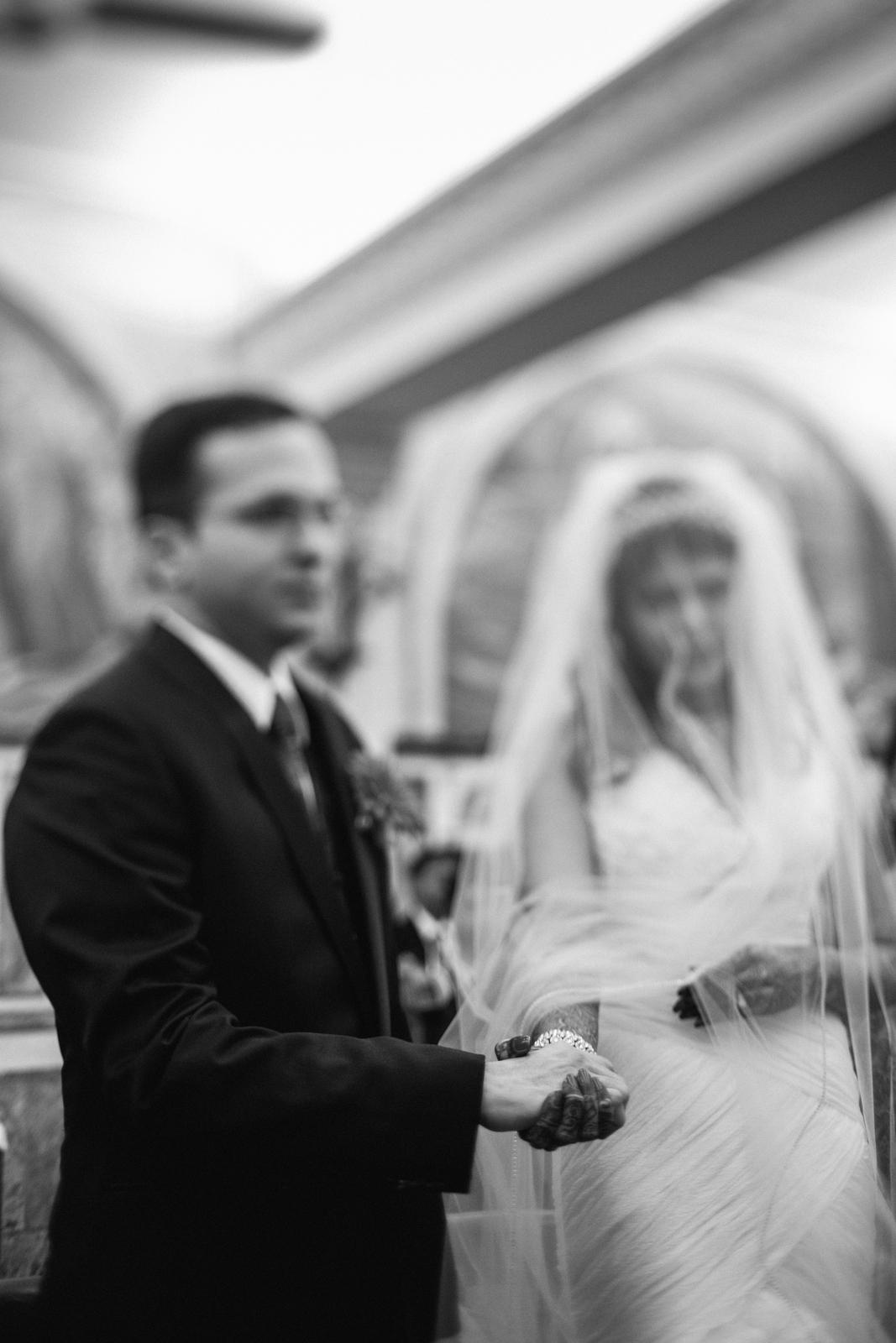 church-wedding-mumbai-into-candid-photography-6255.jpg