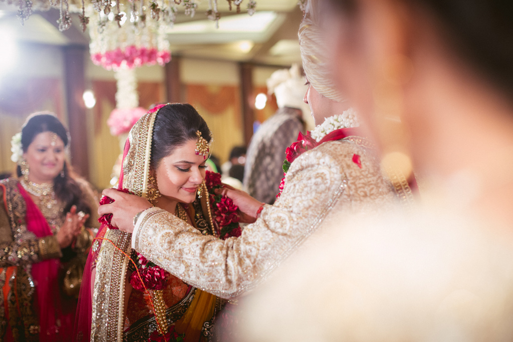 into-candid-photography-hindu-wedding-mumbai-ks-32.jpg