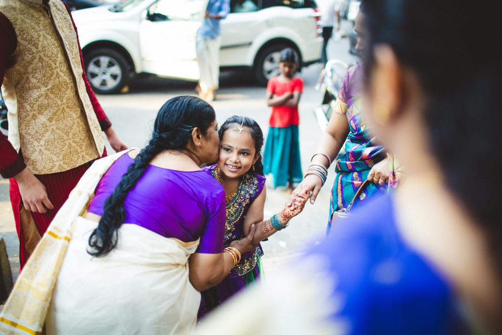 mumbai-candid-wedding-photographer-into-candid-av-02.jpg