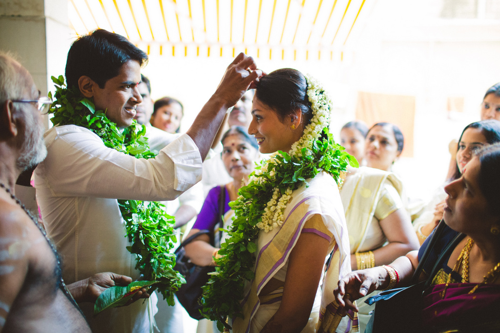 mumbai-candid-wedding-photographer-into-candid-av-11.jpg