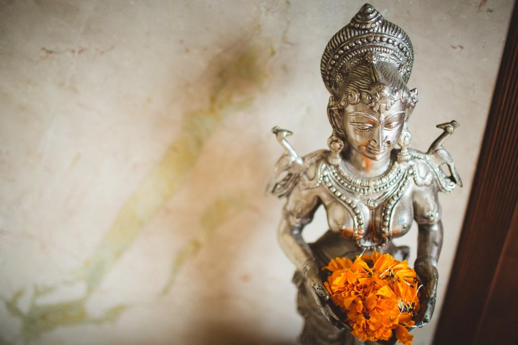 mumbai-candid-wedding-photographer-into-candid-av-17.jpg