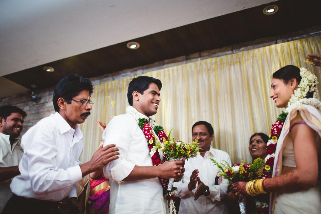 mumbai-candid-wedding-photographer-into-candid-av-20.jpg