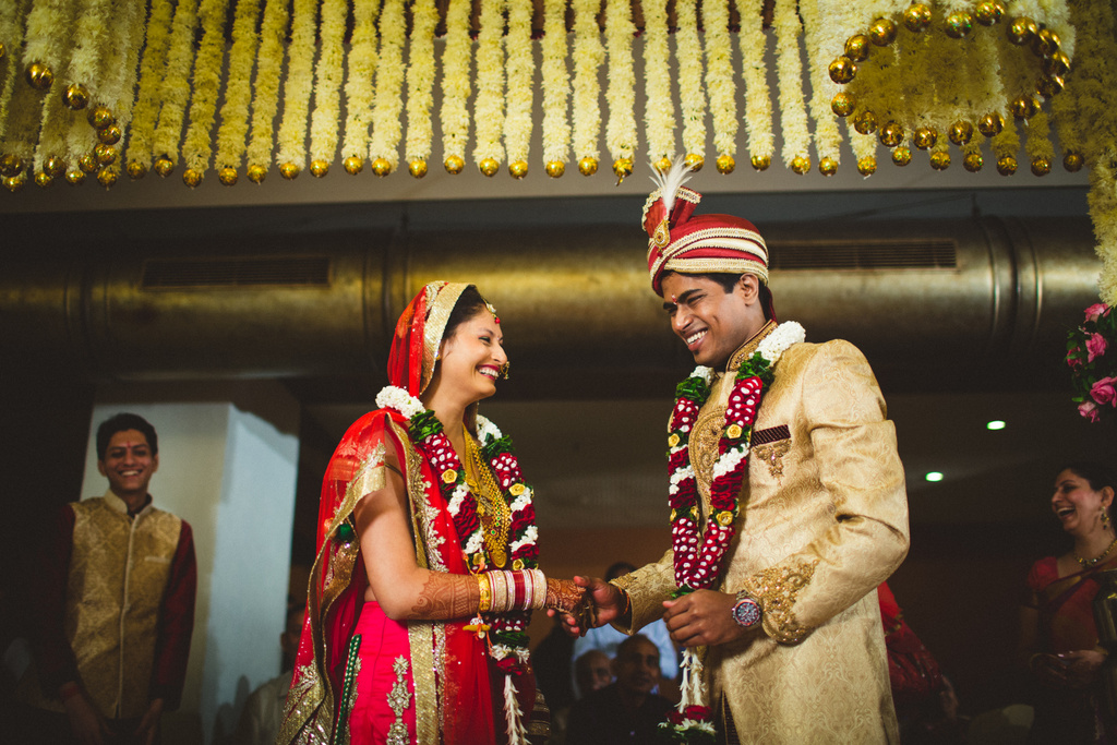 mumbai-candid-wedding-photographer-into-candid-av-32.jpg