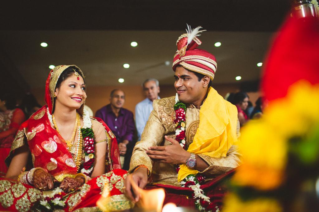 mumbai-candid-wedding-photographer-into-candid-av-35.jpg