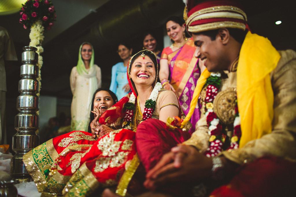 mumbai-candid-wedding-photographer-into-candid-av-39.jpg