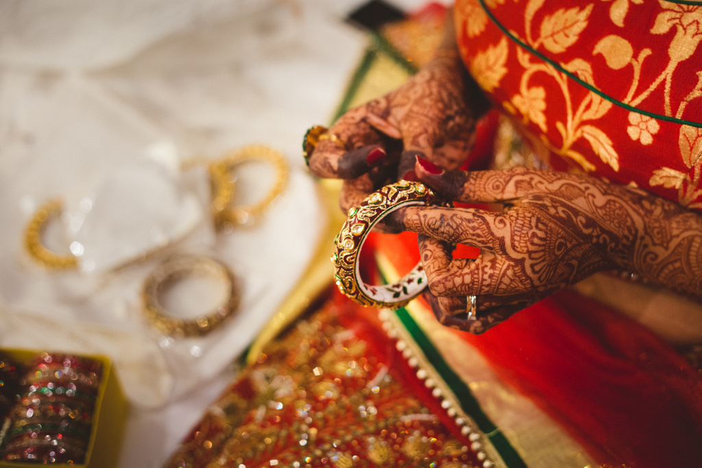 pune-corinthains-wedding-into-candid-photography-da-03-7.jpg