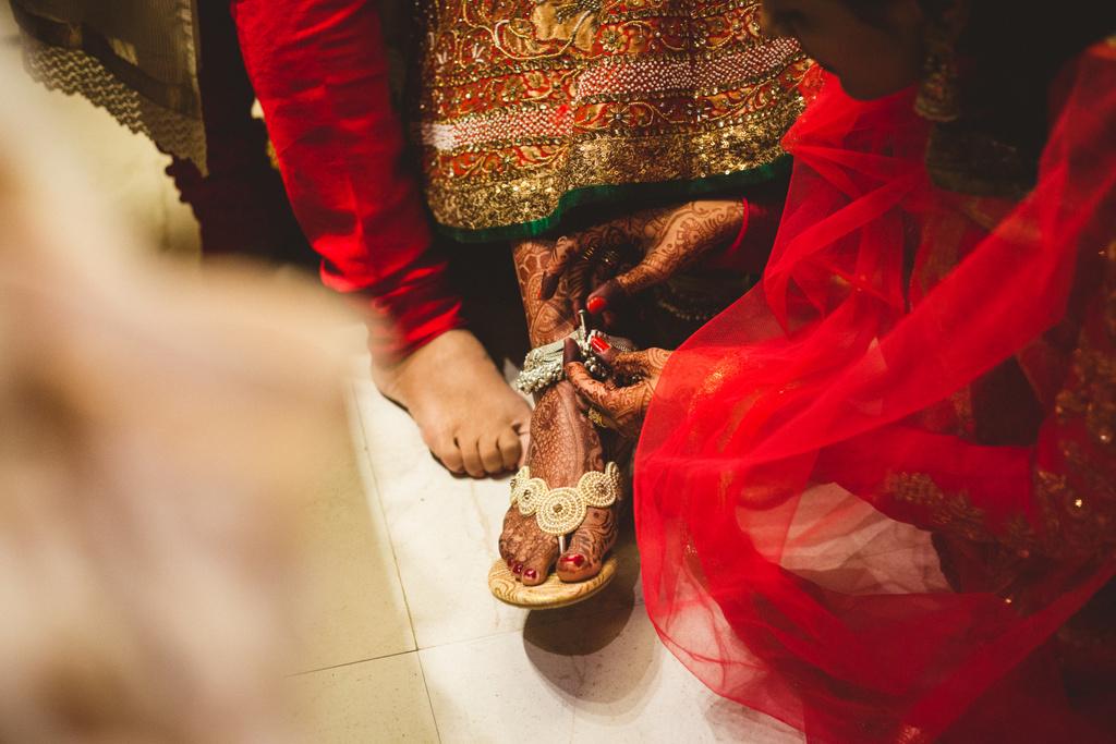 pune-corinthains-wedding-into-candid-photography-da-03-8.jpg