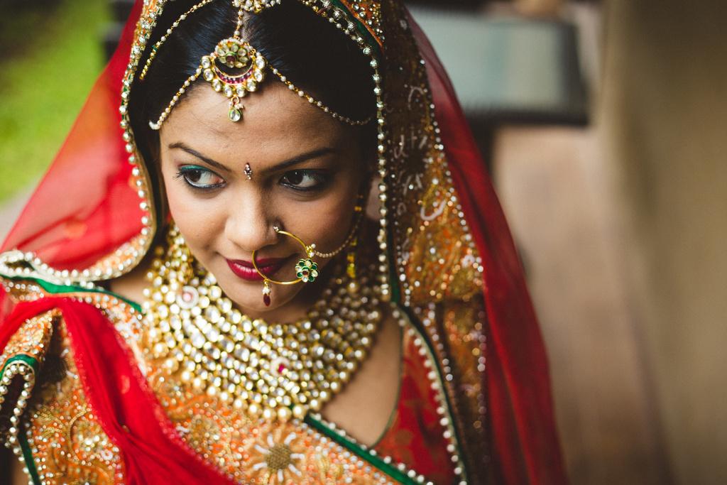 pune-corinthains-wedding-into-candid-photography-da-04-3.jpg