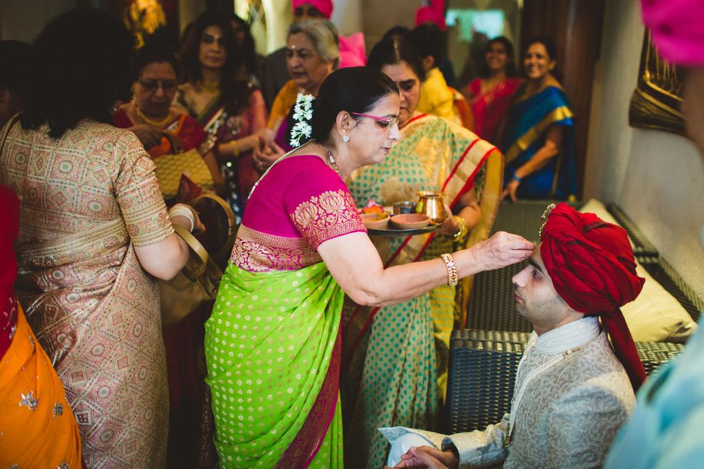 pune-corinthains-wedding-into-candid-photography-da-13.jpg