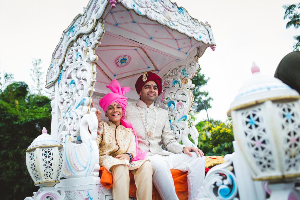 pune-corinthains-wedding-into-candid-photography-da-25.jpg