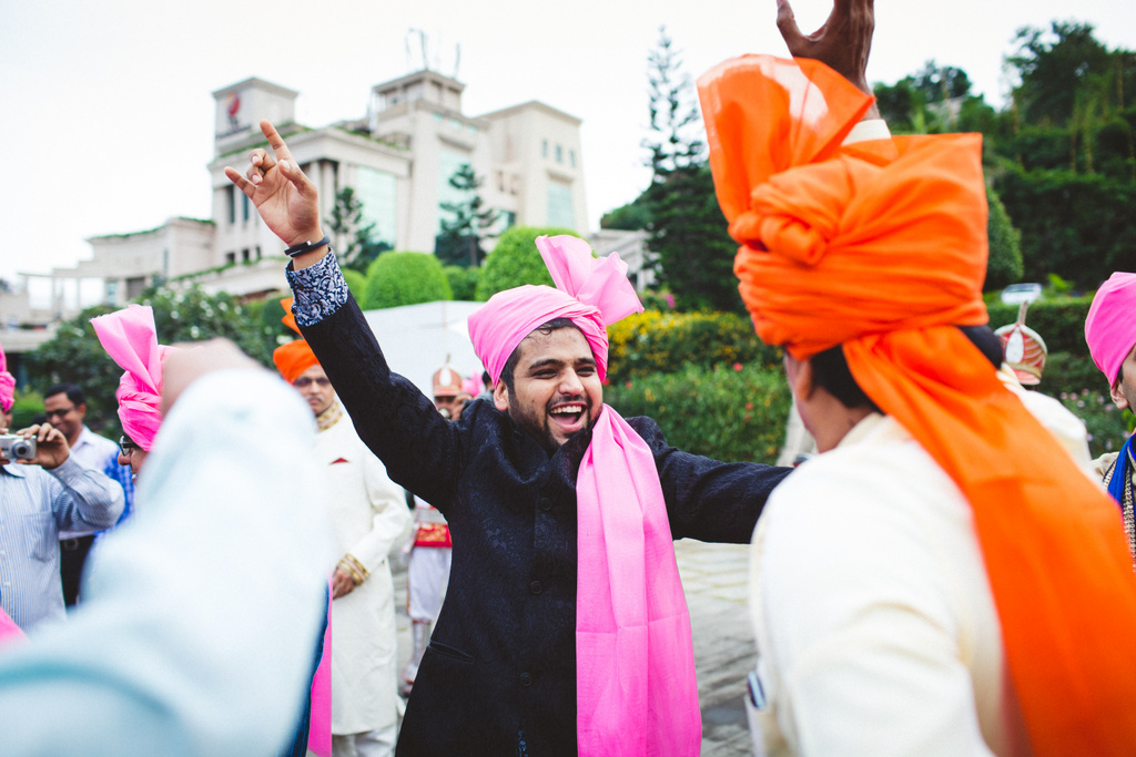 pune-corinthains-wedding-into-candid-photography-da-28.jpg