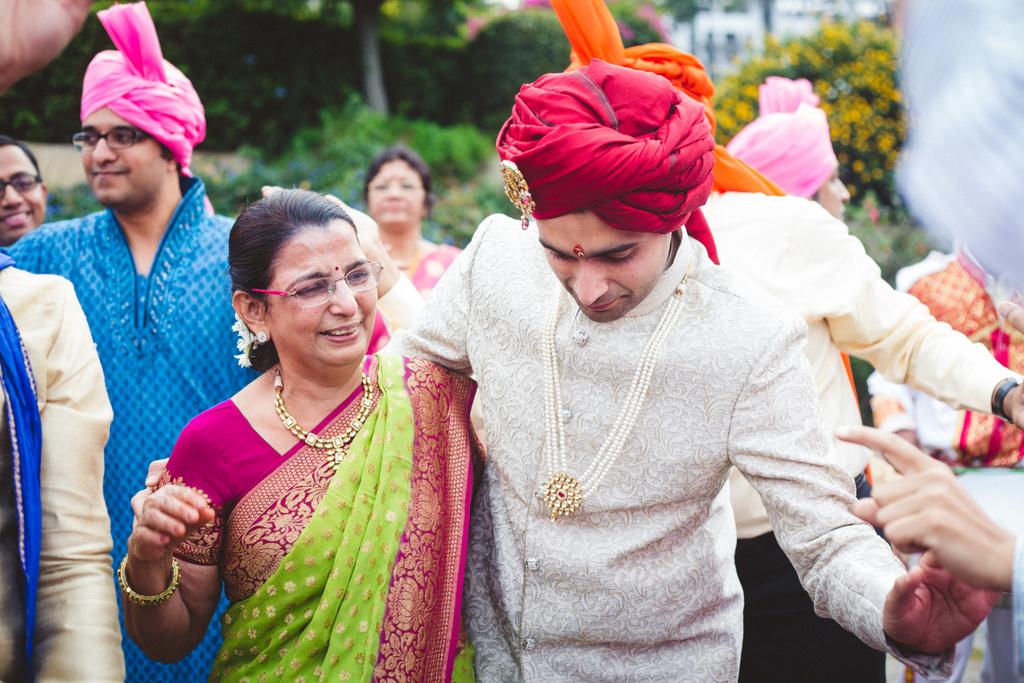 pune-corinthains-wedding-into-candid-photography-da-30.jpg
