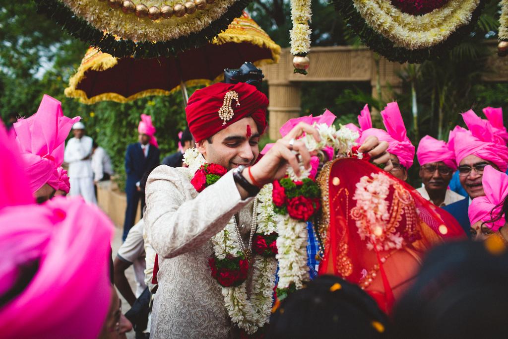 pune-corinthains-wedding-into-candid-photography-da-39.jpg