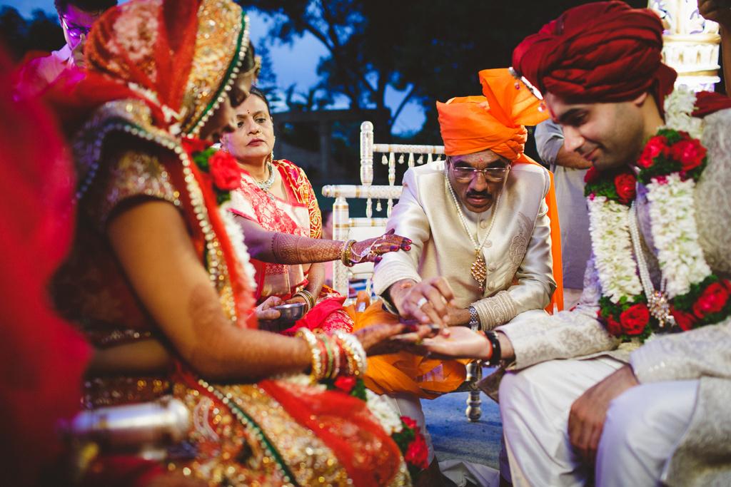 pune-corinthains-wedding-into-candid-photography-da-59.jpg