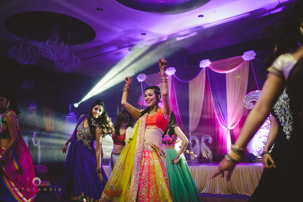 05-dubai-wedding-photography-sangeet-intocandid.jpg