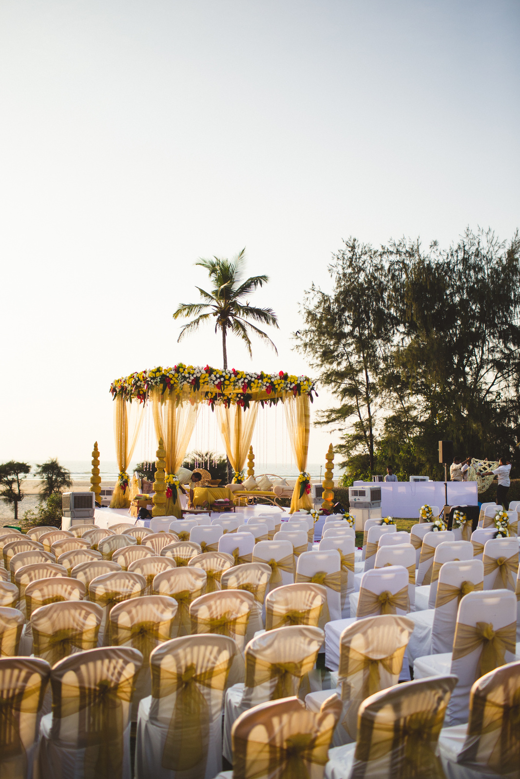zuriwhitesands-goa-destination-wedding-photography-intocandid-38.jpg
