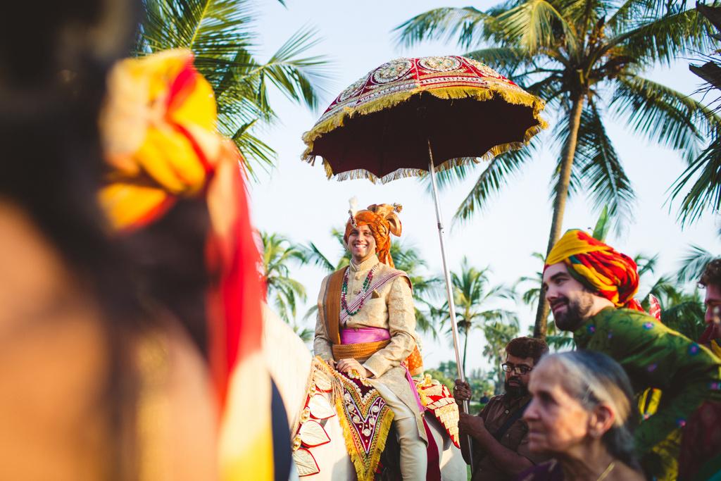 zuriwhitesands-goa-destination-wedding-photography-intocandid-40.jpg