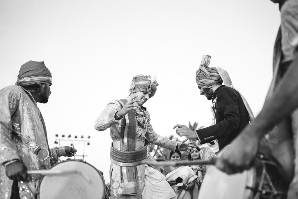 zuriwhitesands-goa-destination-wedding-photography-intocandid-45.jpg