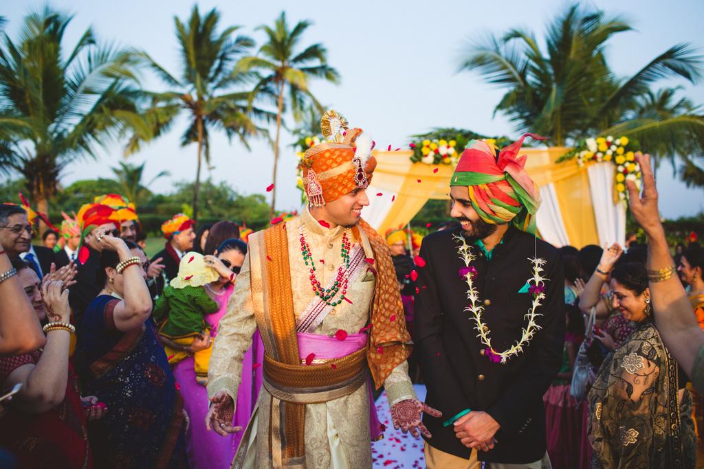 zuriwhitesands-goa-destination-wedding-photography-intocandid-44.jpg