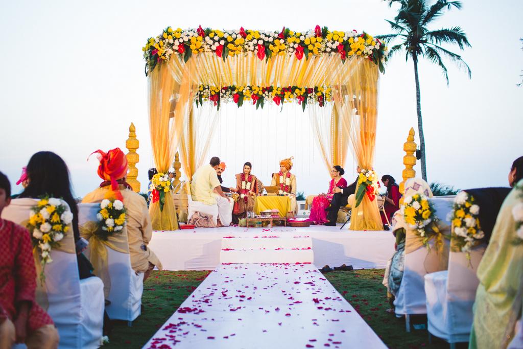 zuriwhitesands-goa-destination-wedding-photography-intocandid-59.jpg