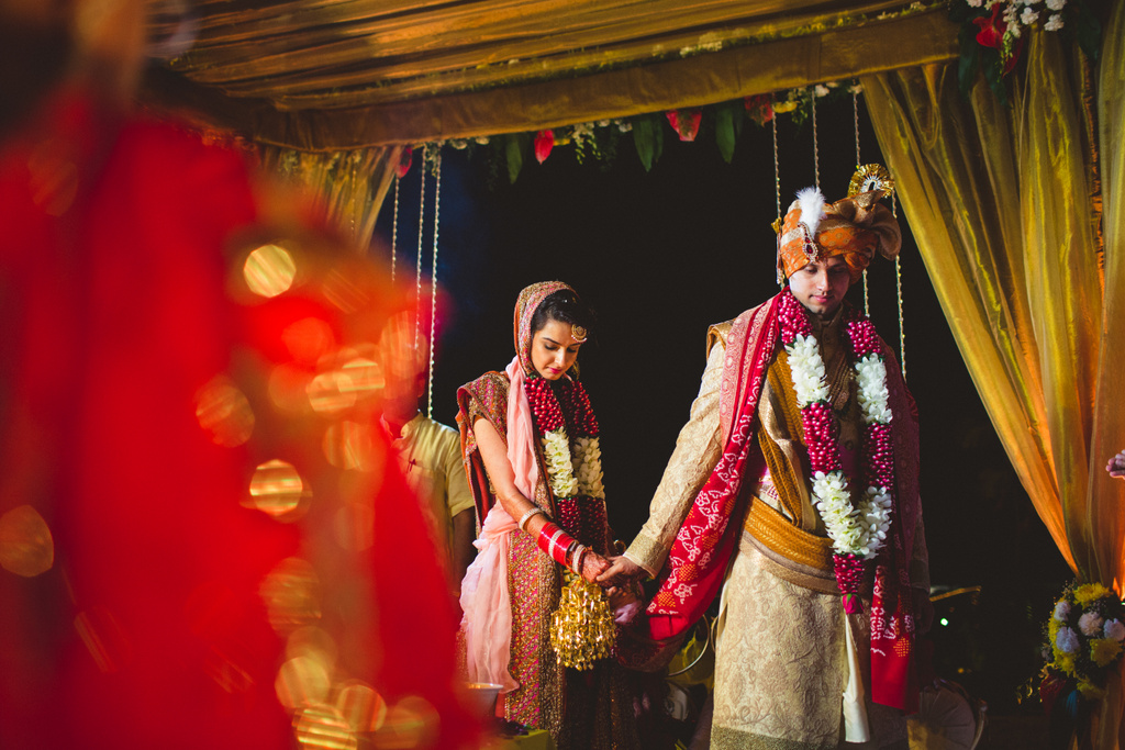 zuriwhitesands-goa-destination-wedding-photography-intocandid-67.jpg