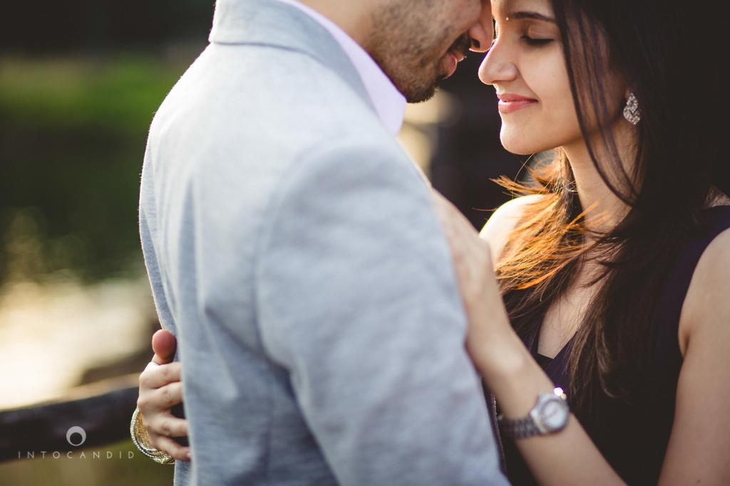 aambyvalley-lonavala-coupleshoot-prewedding-intocandid-ma-20.jpg
