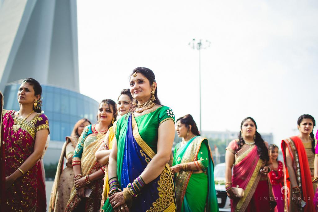 saharastar-mumbai-hindu-wedding-photography-intocandid-ma-28.jpg